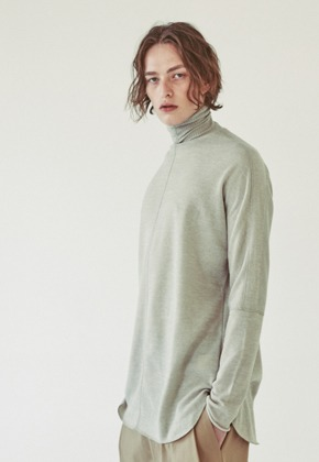Ooparts오파츠 OPT18FWTS03BE Roll-neck knit sweater