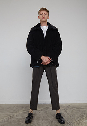Muguet뮤게 [주문제작] SIDE ZIPPER FAUX MUSTANG JACKET (BLACK)