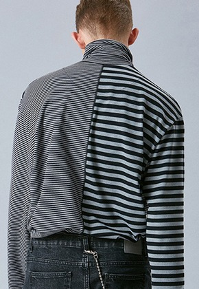 Voiebit브아빗 V345 MIX STRIPE OVER-FIT TURTLENECK  BLACK