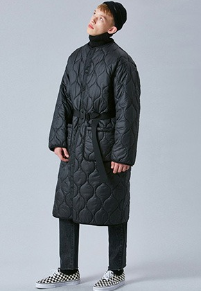 Voiebit브아빗 V637 OVERSIZE LONG QUILTING COAT  BLACK