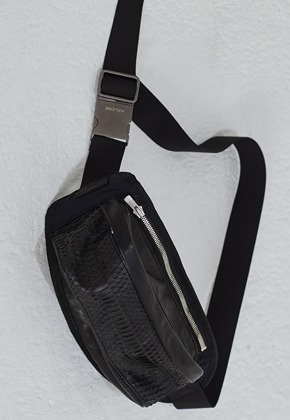 Haleine알렌느 PYHTON leather mix waist bag