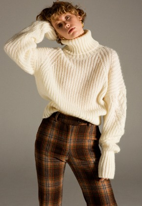Anderssonbell앤더슨벨 ALIYAH MOHAIR TURTLE NECK atb245w(Ivory)