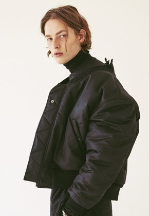 Ooparts오파츠 OPT18FWJK01BK Reversible MA-1 Jacket Black