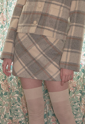 Margarin Fingers마가린핑거스 (당일출고) CREAM CHECK SKIRT