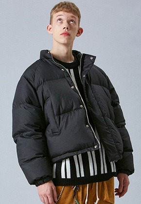 Voiebit브아빗 V638 DUCK DOWN HEAVY OVERSIZE PADDING JUMPER  BLACK