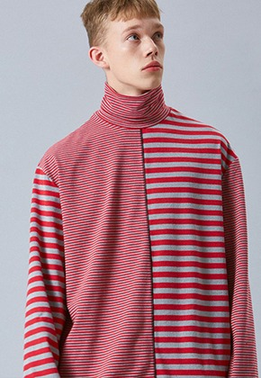 Voiebit브아빗 V345 MIX STRIPE OVER-FIT TURTLENECK  RED