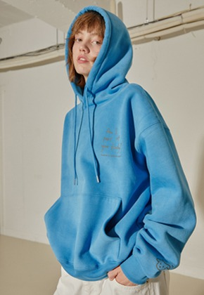 More or Less모어올레스 CAMPAIGN NAPPING HOOD TOP - BLUE