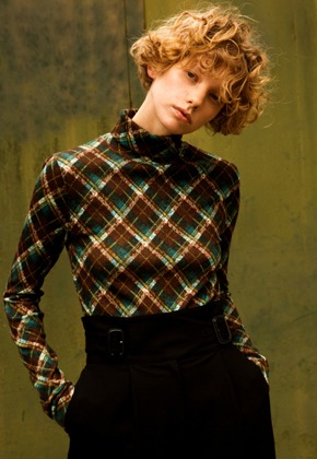 Anderssonbell앤더슨벨 TINA FITTED LONG-SLEEVE TURTLENECK T-SHIRT atb242w(GREEN CHECK)