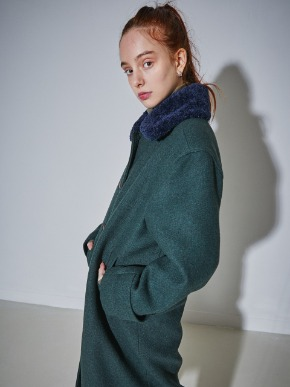 More or Less모어올레스 SHEARING-COLLAR SET WOOL COAT - DEEP GREEN