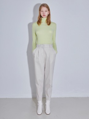 More or Less모어올레스 SOFT WARMMER TURTLENECK TOP - LEMON