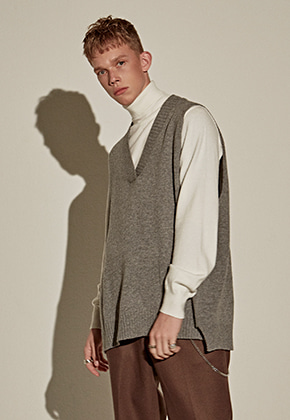 Yan13얀써틴 WOOL LOOSE KNIT VEST_GRAY