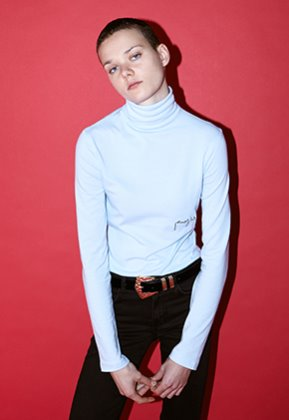 Enzoblues엔조블루스 LOGO TURTLENECK (LIGHT BLUE)