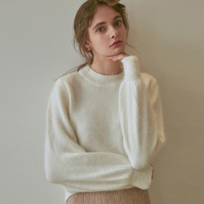 Yan13얀써틴 SPECIAL MOHAIR SWEATER_IVORY