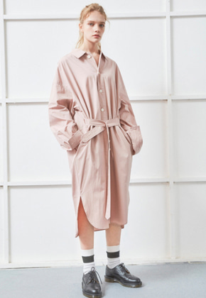 NOHANT노앙 BELTED LONG SHIRT PINK