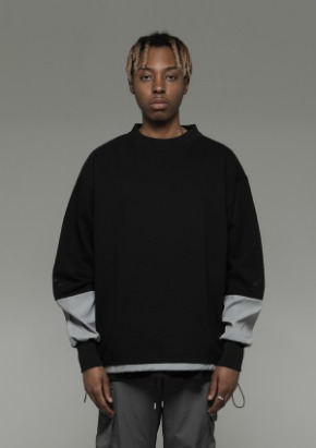 De-Nage드네이지 Divide Square Sweatshirt Black