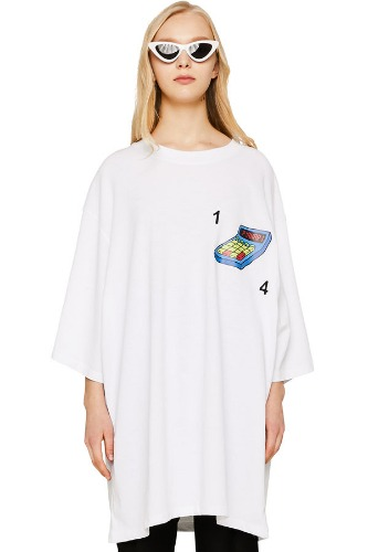 PIANARI피어나리 Calculator T-shirt (white)