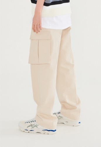 LLUD러드 [10월 28일 순차배송] (LLUD x STU) Wide pocket pants ivory