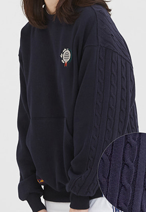 Romantic Crown로맨틱크라운 E.D.V Sweat Knit Crewneck_Navy