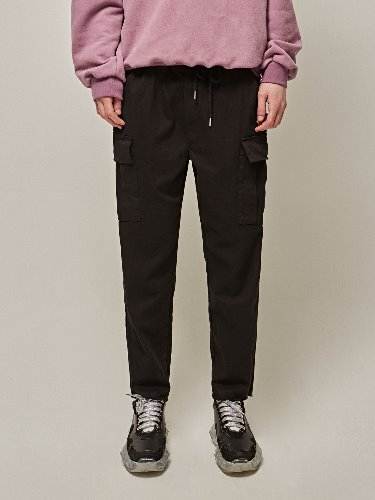 Yan13얀써틴 CUTTING CROP CARGO PANTS_BLACK