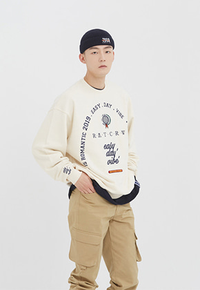 Romantic Crown로맨틱크라운 RMTCRW Studio Sweat Shirt_Oatmeal