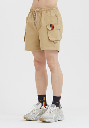 Romantic Crown로맨틱크라운 E.D.V Cargo Short Pants_Beige