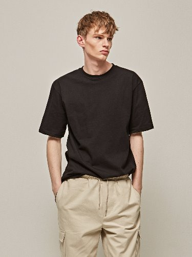 Yan13얀써틴 COTTON HALF SLEEVE T-SHIRTS_BLACK