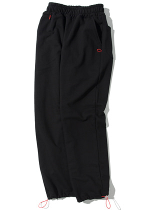 Kruchi크루치 Keyring point sweat pants (black)