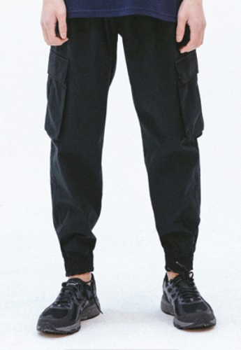 FROMMARK프롬마크 FMK TWO TUCK CARGO JOGGER PANTS  BLACK