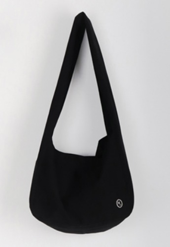 More or Less모어올레스 ECRU WASHING BAG - BLACK
