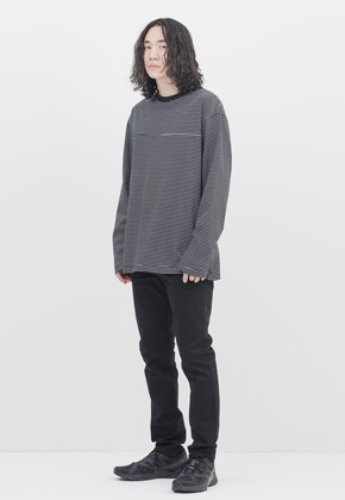 Gakuro가쿠로 Reversible L/S T-shirt (Black Stripe)