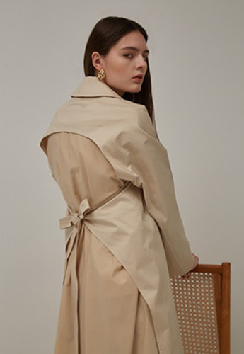 STRING SLIT TRENCH COAT (BEIGE)