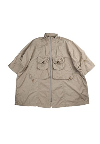 AJO BY AJO아조바이아조 Oversized Cargo Pancho [Beige]