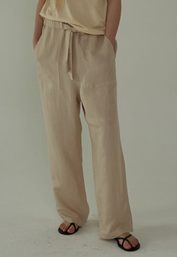 More or Less모어올레스 STRAP DROP PANTS - BEIGE