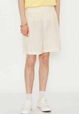 Voiebit브아빗 V272 BASIC NYLON WIDE HALF-PANTS CREAM