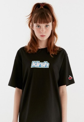KIRSH키르시 KIRSH LOGO PRINT T-SHIRT IH [BLACK]