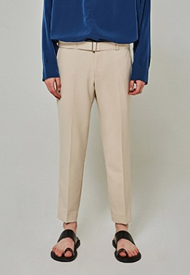 Yan13얀써틴 BT SLIM TAPERED SLACKS_LIGHT BEIGE