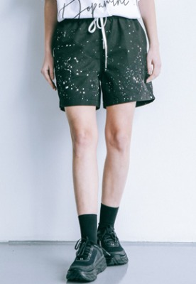Pig million피그밀리언 [PIGMILLION x DOPAMIN.C] Splash Shorts (BLACK)