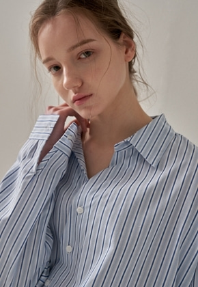 Trip LE Sens트립르센스 OBLIQUE LINE STRIPE SHIRTS BLUE