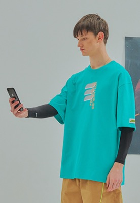 Fantastic Generation판타스틱 제너레이션 Fantastic Generation logo t-shirt Green