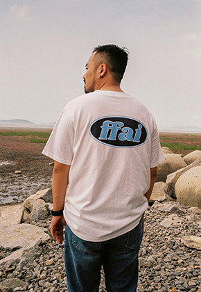 FFAI파이 OVAL BACK LOGO T SHIRTS WHITE