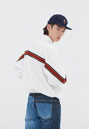 Romantic Crown로맨틱크라운 BACK LINE OVER FIT SHIRT_WHITE