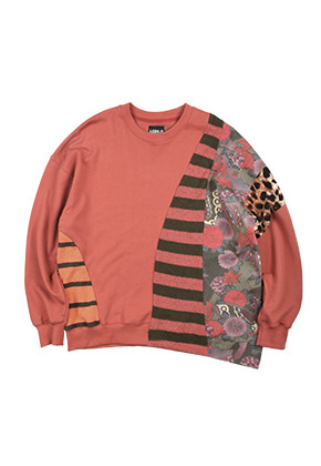 AJO BY AJO아조바이아조 Mixed Fabrics Oversized Sweatshirt [Indian Red]