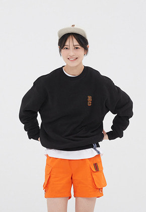 Romantic Crown로맨틱크라운 RC LOGO SWEATSHIRT_BLACK