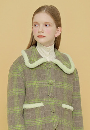 Margarin Fingers마가린핑거스 SNAP TURTLE NECK IVORY