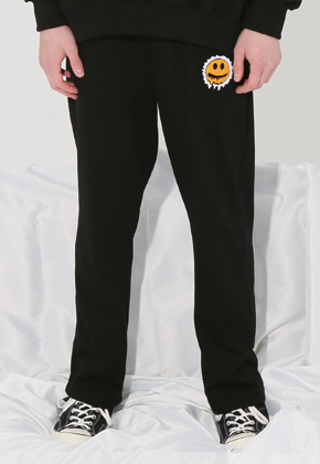 MISTER CHILD미스터차일드 SMILE NEEDLE CHAIN JOGGER PANTS (BLACK)