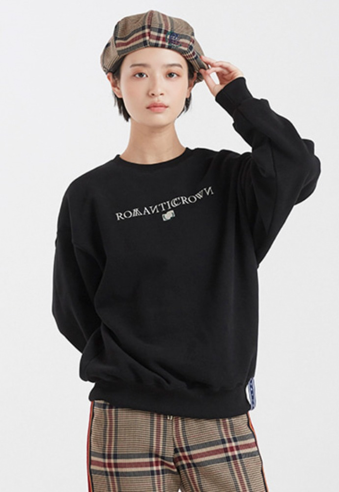 Romantic Crown로맨틱크라운 ROMANTICCROWN LOGO SWEATSHIRT_BLACK