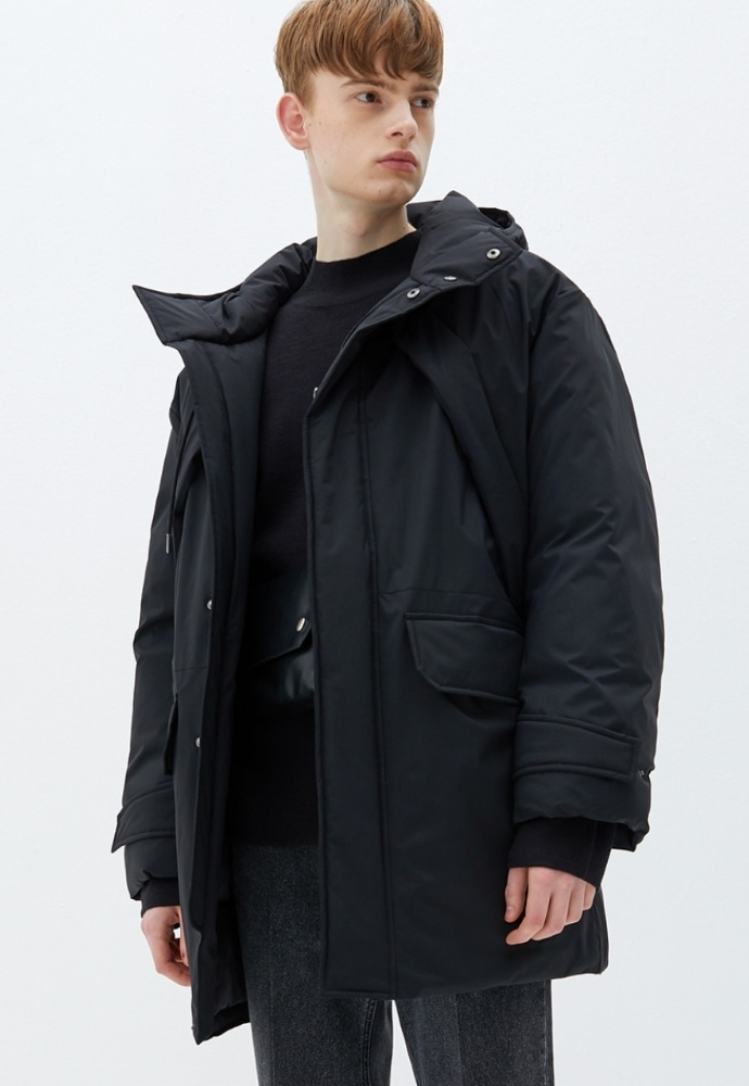 Garment lable가먼트레이블 Hooded Half Padding - Black