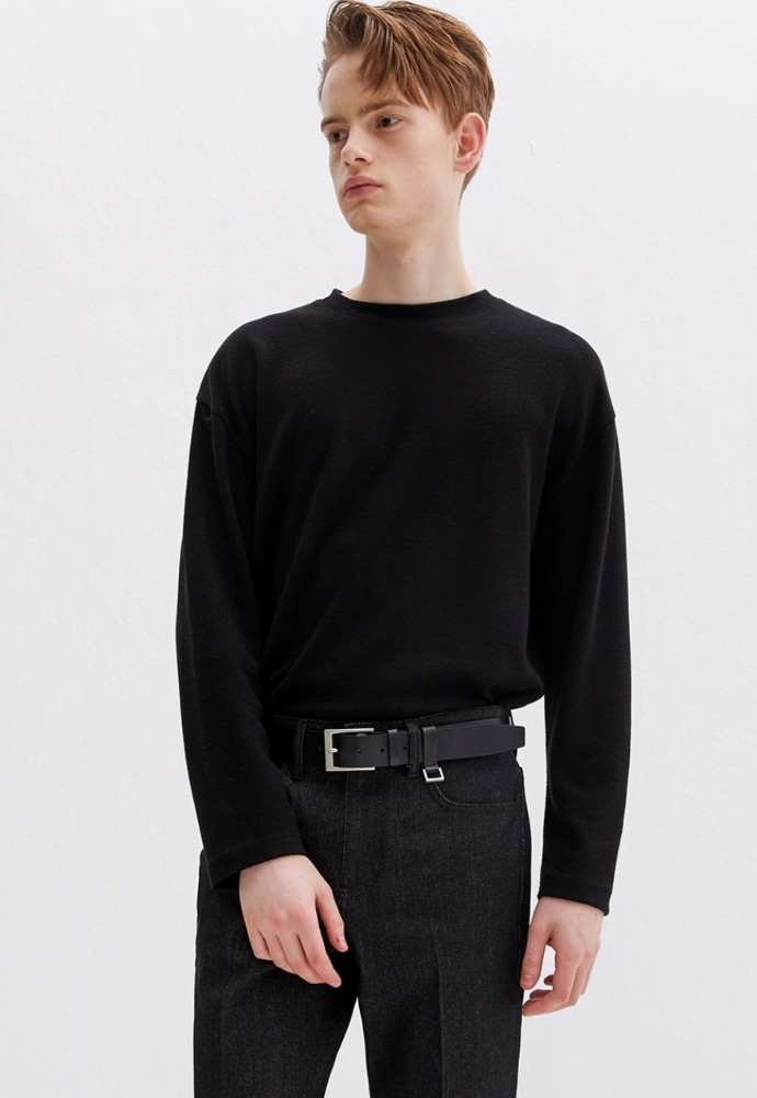 Garment lable가먼트레이블 Knit Long Sleeve Tee - Black