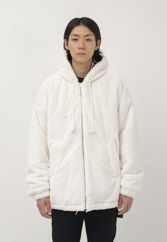 Gakuro가쿠로 Reversible Fake Fur Parka(White/Leopard)