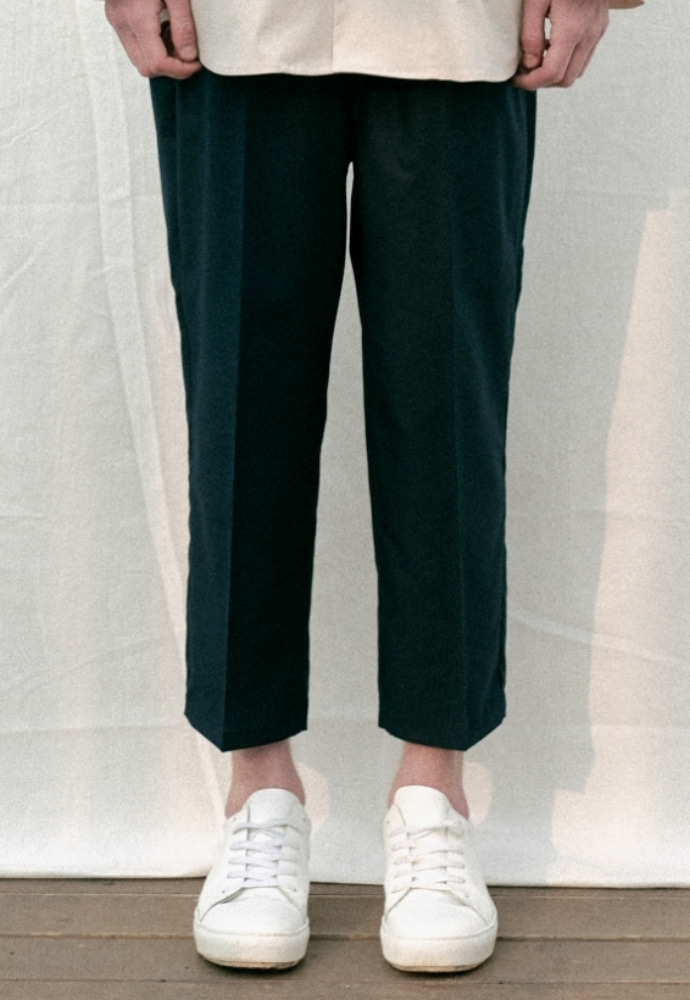 Garment lable가먼트레이블 Relaxed Crop Baggy Pants - Navy